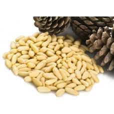 Кедровый орех в упаковке 100 грамм